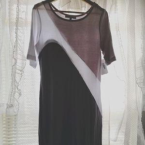 NWT🍎Abstract color block T-shirt shift dress